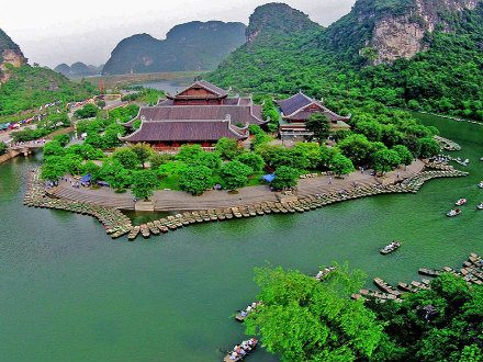 Trang An Tourist Attraction
