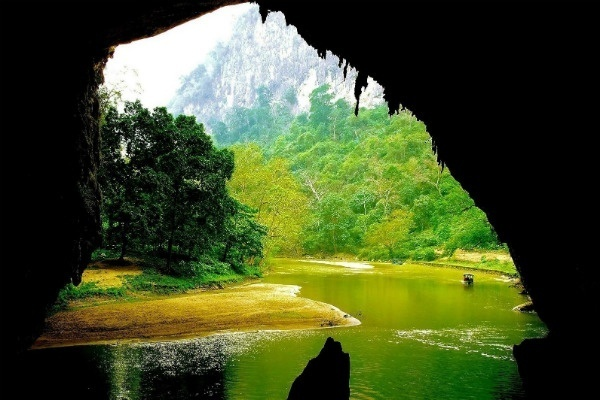Puong Cave