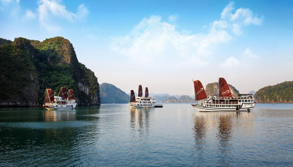 Overview Halong Bay Cruise